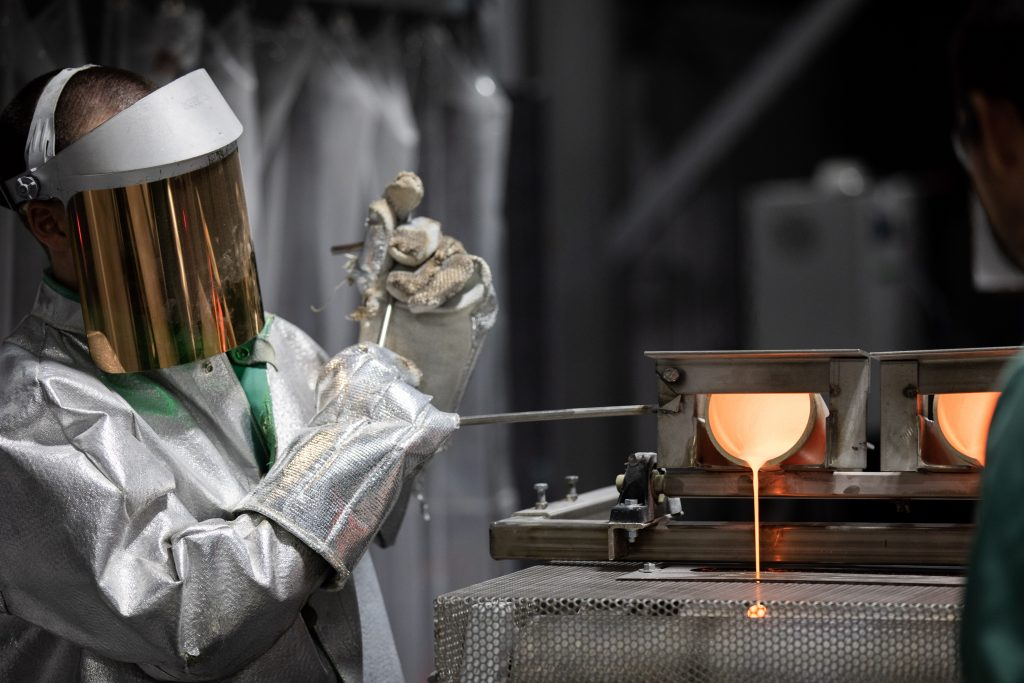 Photo of specialty glass manufacturing at Mo-Sci